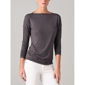 VINCE boat neck slubby long sleeve stretch top